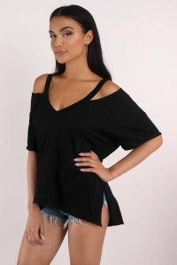 tobi.com - black cold shoulder v neck distressed t shirt with split hem