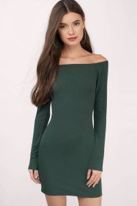 tobi.com - off shoulder long sleeve ribbed bodycon dress in forest green