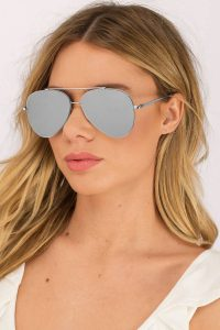silver-oceans-away-mirrored-aviators