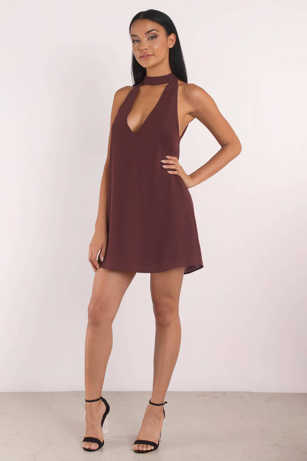 tobi-wine-stay-with-you-choker-shift-dress