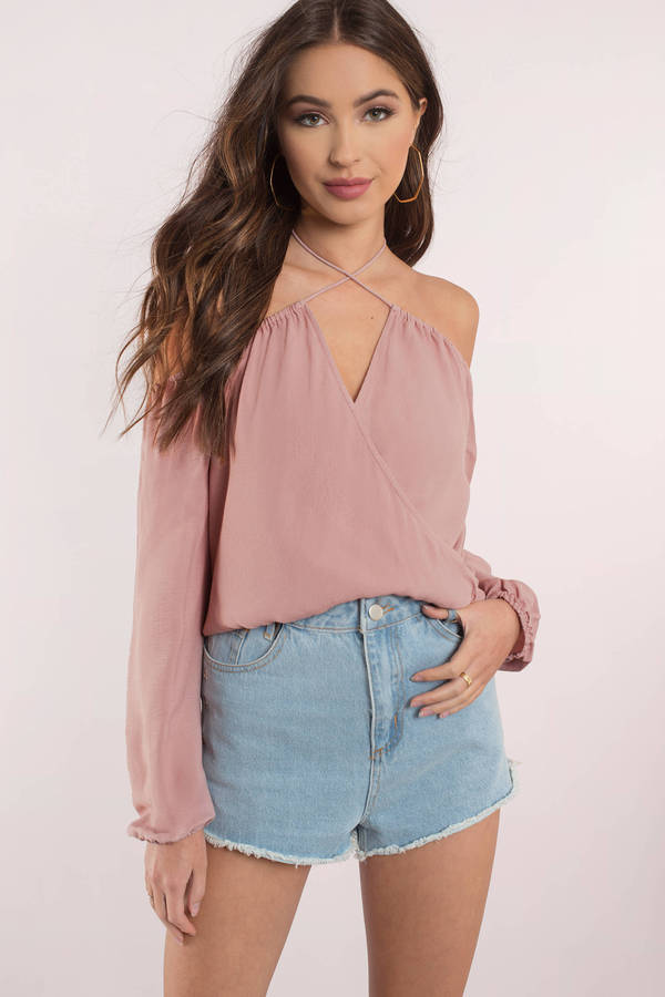 rose-twist-and-shout-cold-shoulder-top