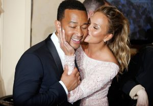 chrissy teigen john legend announce second pregnancy