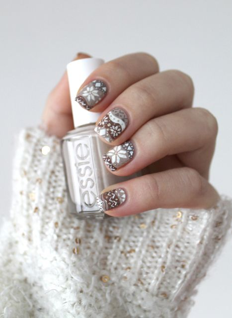 fair isle nail design