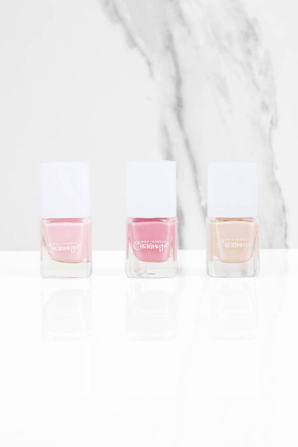 tobi glamour all tied up trio nail polish