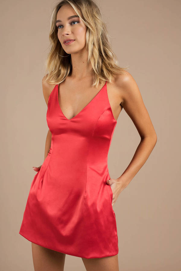 red-for-the-night-satin-skater-dress