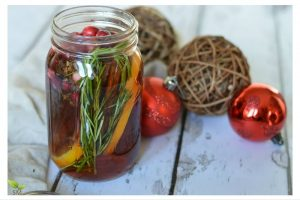 diy holiday gifts: potpourri in a jar