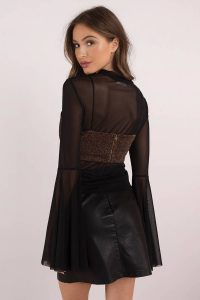 tobi.com - hot night out bell sleeve mesh top