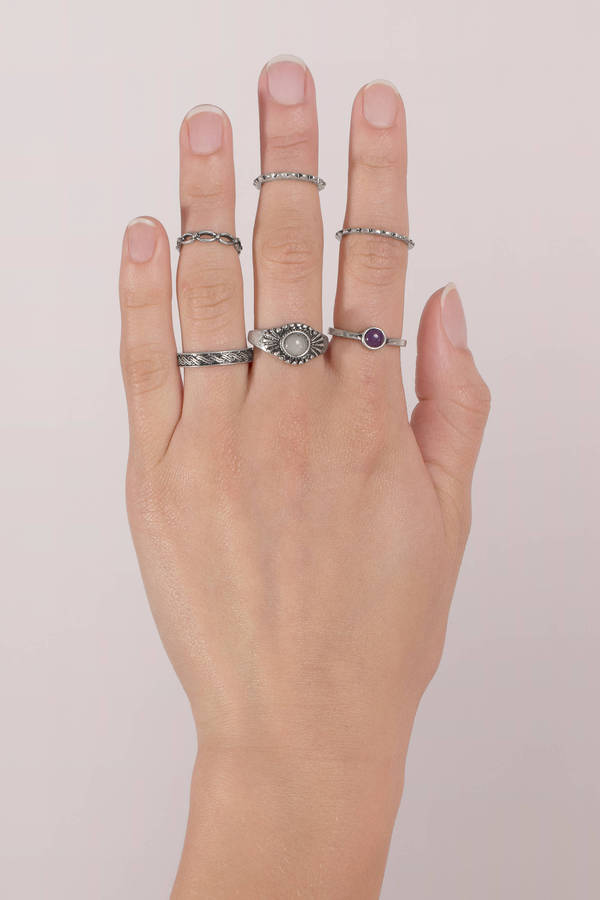 antique-silver-put-a-ring-on-it-ring-set