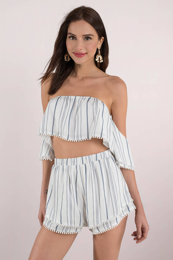 tobi-blue-lockdown-off-shoulder-crop-top