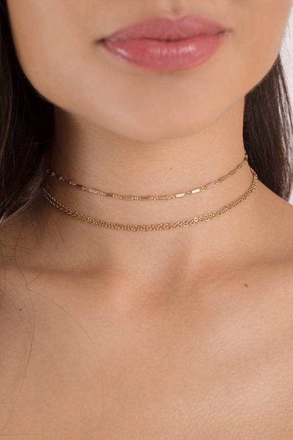 tobi-gold-suit-me-up-layered-choker-necklace