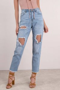 WHITLEY LIGHT WASH HIGH RISE DISTRESSED JEAN at tobi.com!
