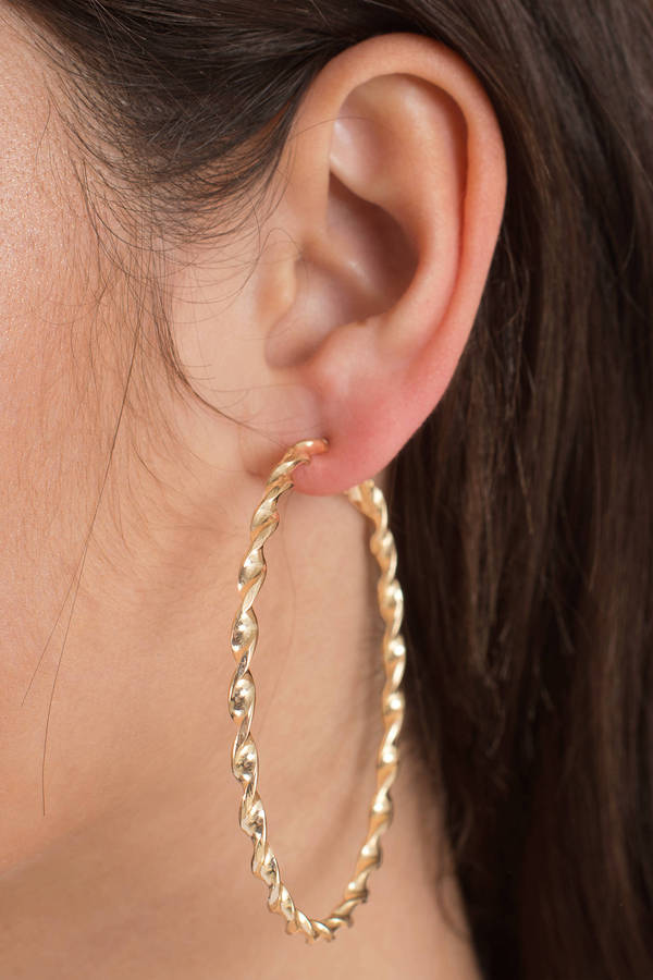 tobi-gold-true-feeling-hoop-earrings-set