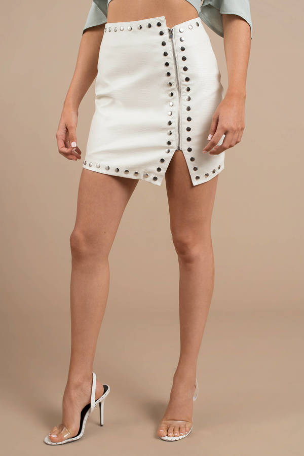 ivory-gena-croc-embossed-faux-leather-studded-skirt