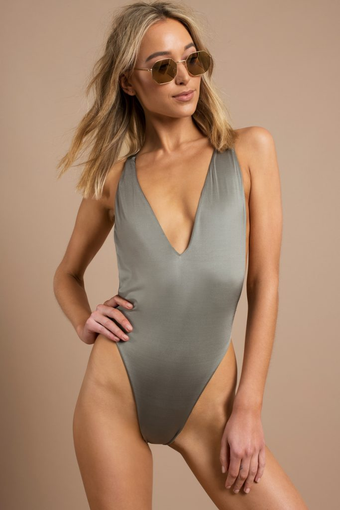 olive-play-for-keeps-plunging-monokini