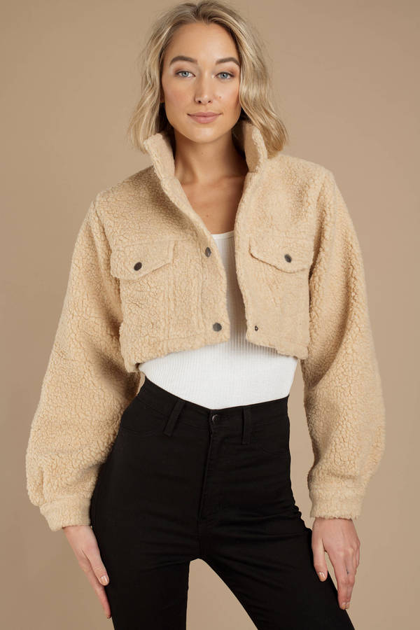 camel-keeping-score-faux-shearling-cropped-jacket