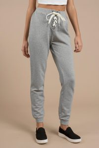 tobi.com - chilled lace up joggers