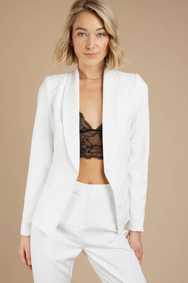 white-kendall-fitted-blazer